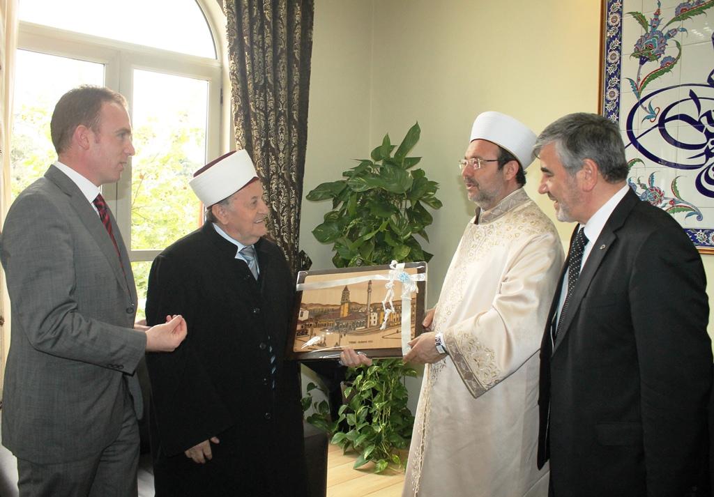 Kreu i KMSH-së pret në një takim kreun e DIJANET-it Prof. Dr. Mehmet Gormez