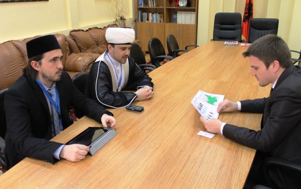 Nënkryetari Gazmend Aga pret në takim homologun e tij rus