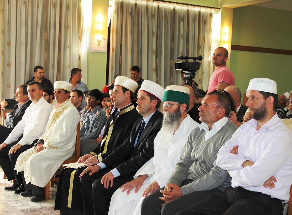 Myftinia Krujë përkujton Profetin Muhamed a.s. me një program artistik