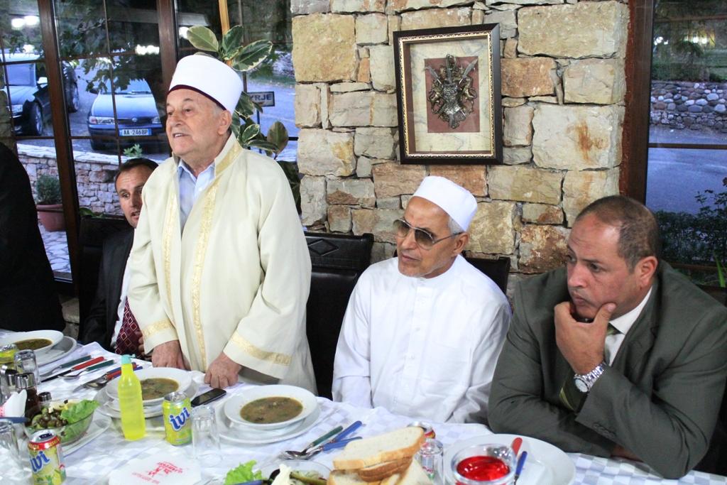 Kryetari H. Selim Muça në iftar me imamë dhe besimtarë të Librazhdit