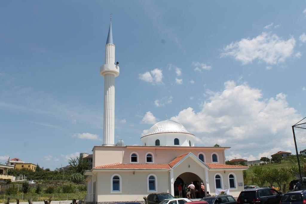 Inaugurohet xhamia e re në Kashar-Valis