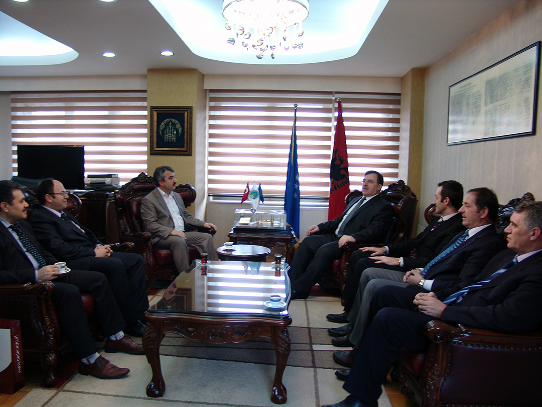 KMSH dhe Universiteti Bedër, bashkëpunim në Prishtinë dhe Shkup