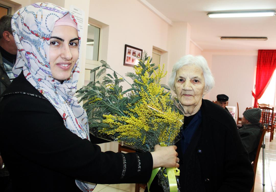 Zyra e Gruas, program artistiko-fetar në Shtëpinë e të Moshuarve
