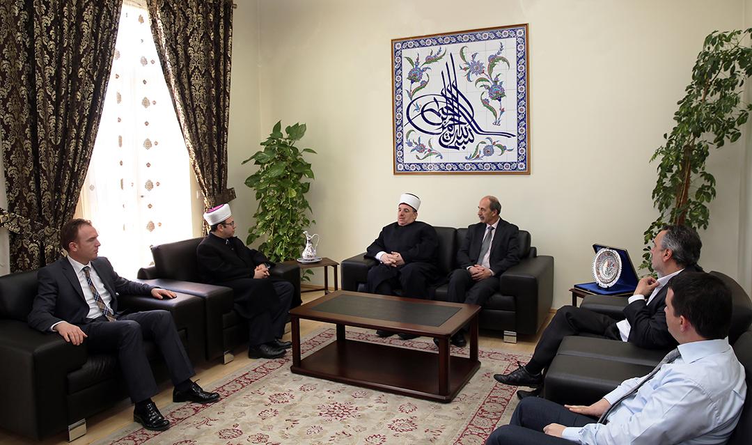 Kryetari Bruçaj pret në një takim Myftiun e Kosovës