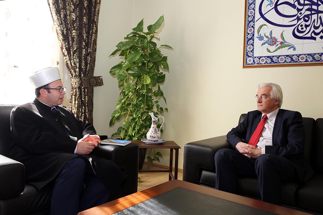 Kryetari Bruçaj pret në një takim ambasadorin gjerman