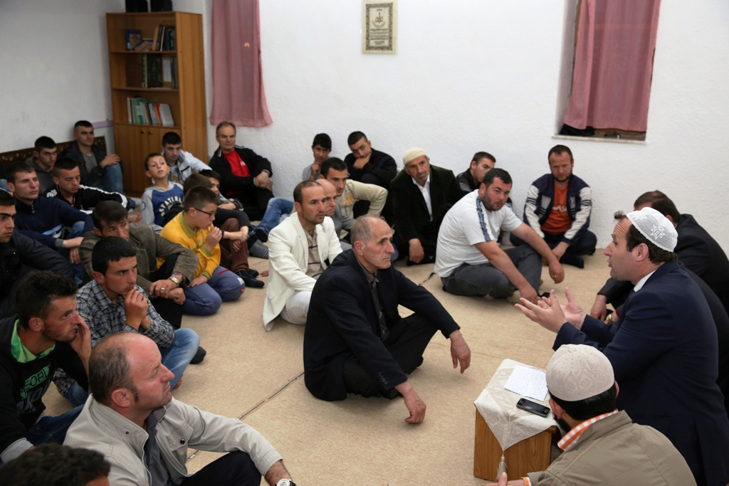 "Programi ""Frytet e besimit"" mbërrin në Pogradec"