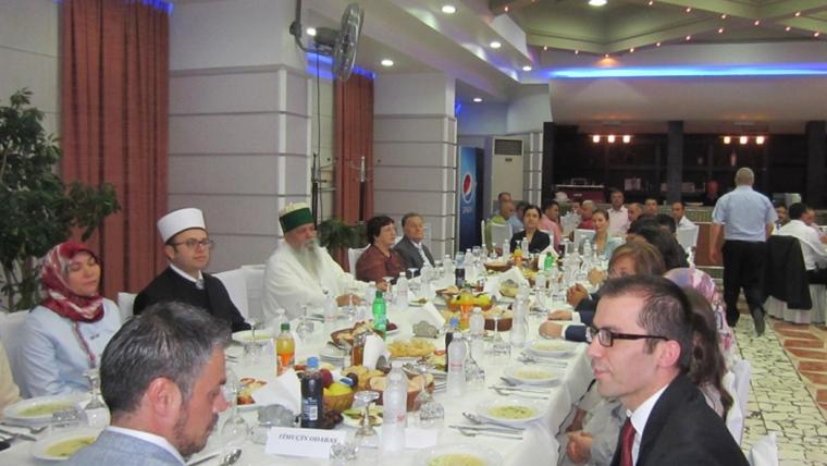 Iftar i Ambasadës së Turqisë, Tiranë