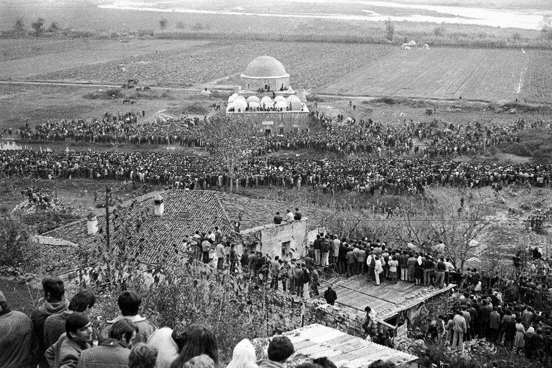24 vjet liri besimi, gjendet xhirimi i faljes së xhumasë së parë në Shkodër