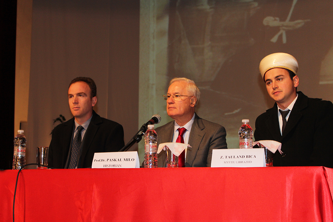 Librazhd, simpozium mbi pavarësinë e Shqipërisë dhe rolin e klerit mysliman