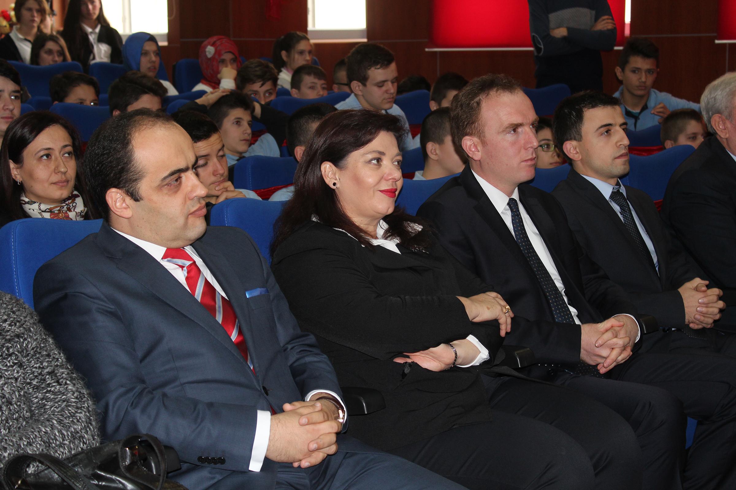 Medreseja e Tiranës, program festiv me rastin e festave të nëntorit