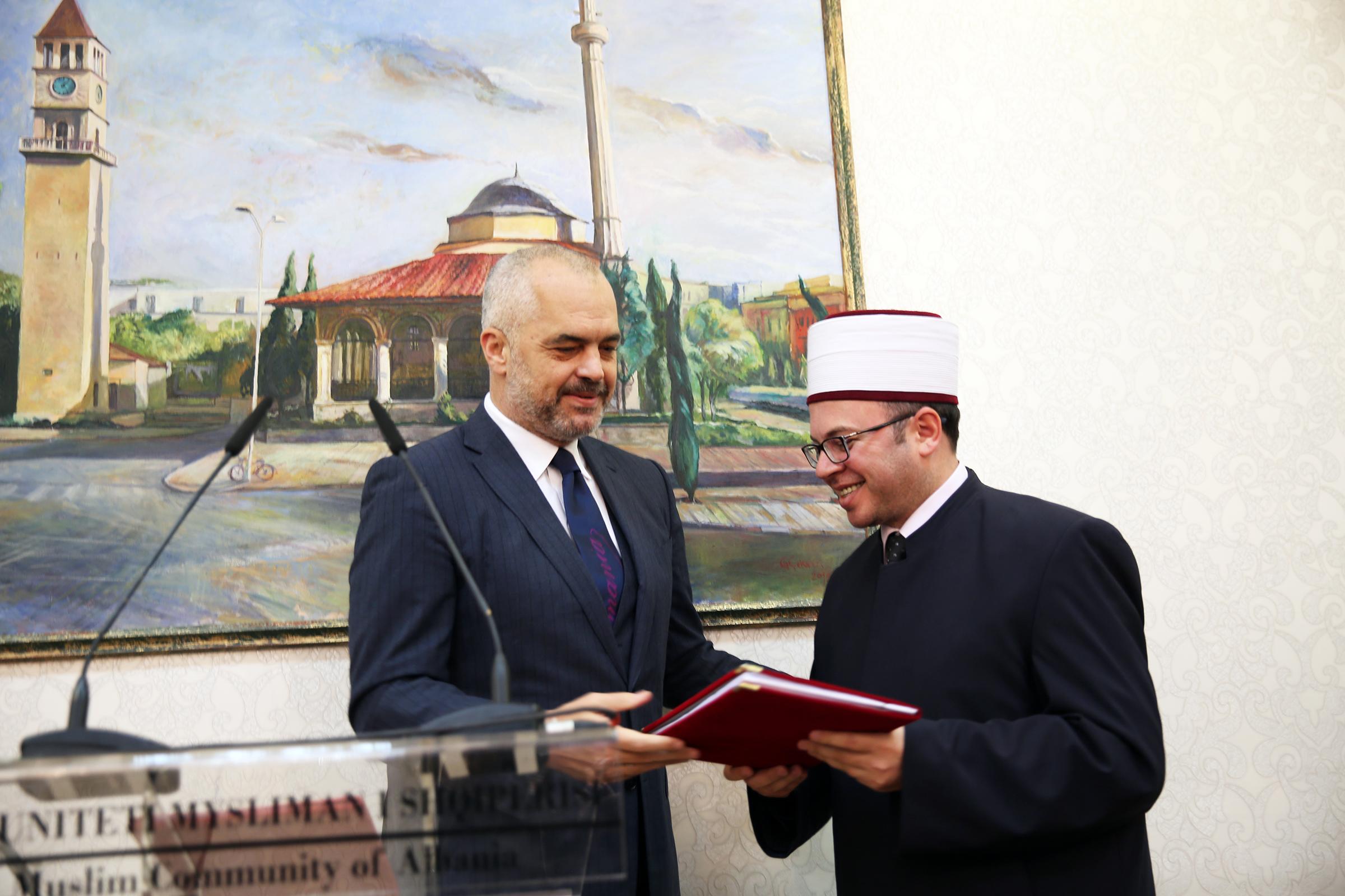 Xhamia e Namazgjasë, Këshilli i Ministrave jep lejen për fillimin e punimeve