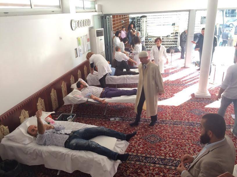 Komuniteti Mysliman dhuron gjak për talasemikët