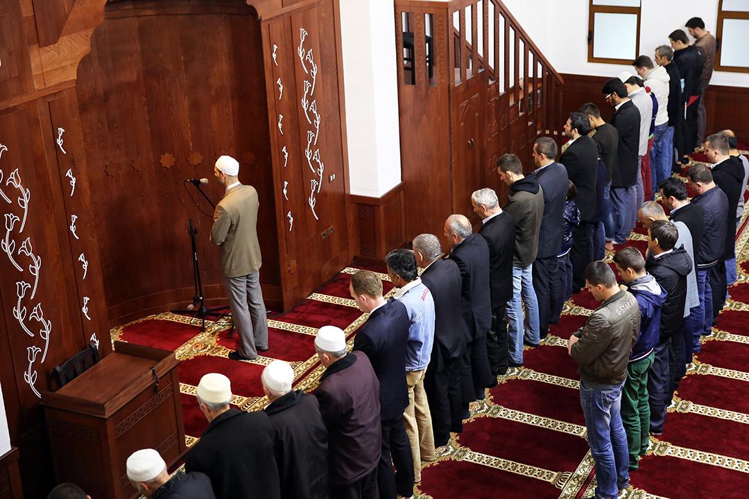 """""""Frytet e Besimit"""" në Xhaminë e Ali Demit"""