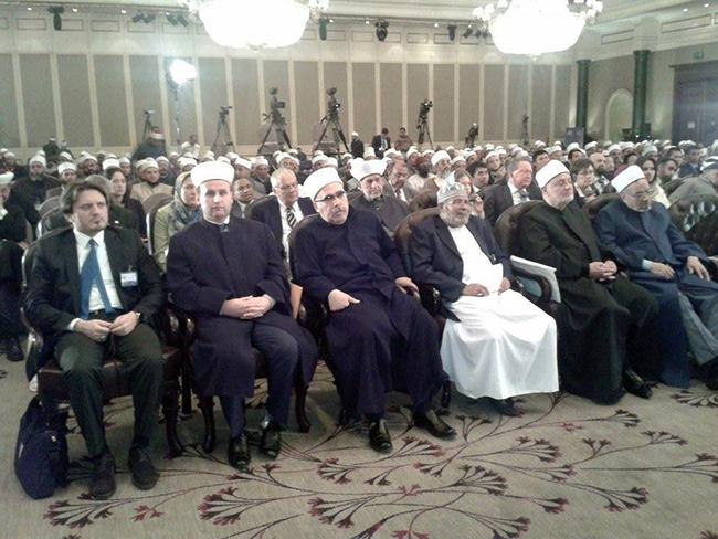 """KMSH merr pjesë në konferencën """"Përballja ndaj ekstremizmit dhe terrorizmit"""" në Kajro"""