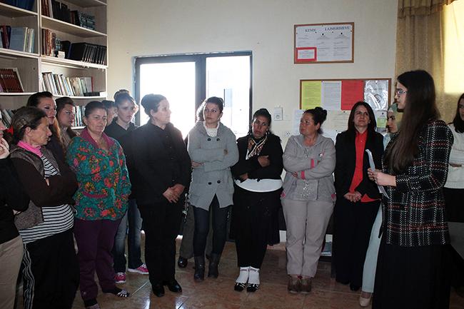 """Zyra e Gruas organizon programin artistik """"Për ty nënë"""" në burgun e grave"""