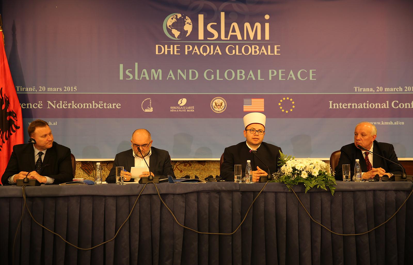 """Përfundon konferenca ndërkombëtare """"Islami dhe Paqja Globale"""""""