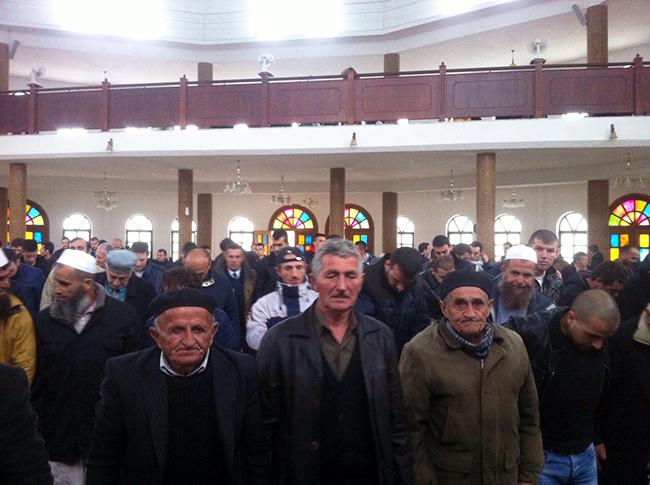 Vazhdon programi i hytbeve nëpër xhamitë e vendit