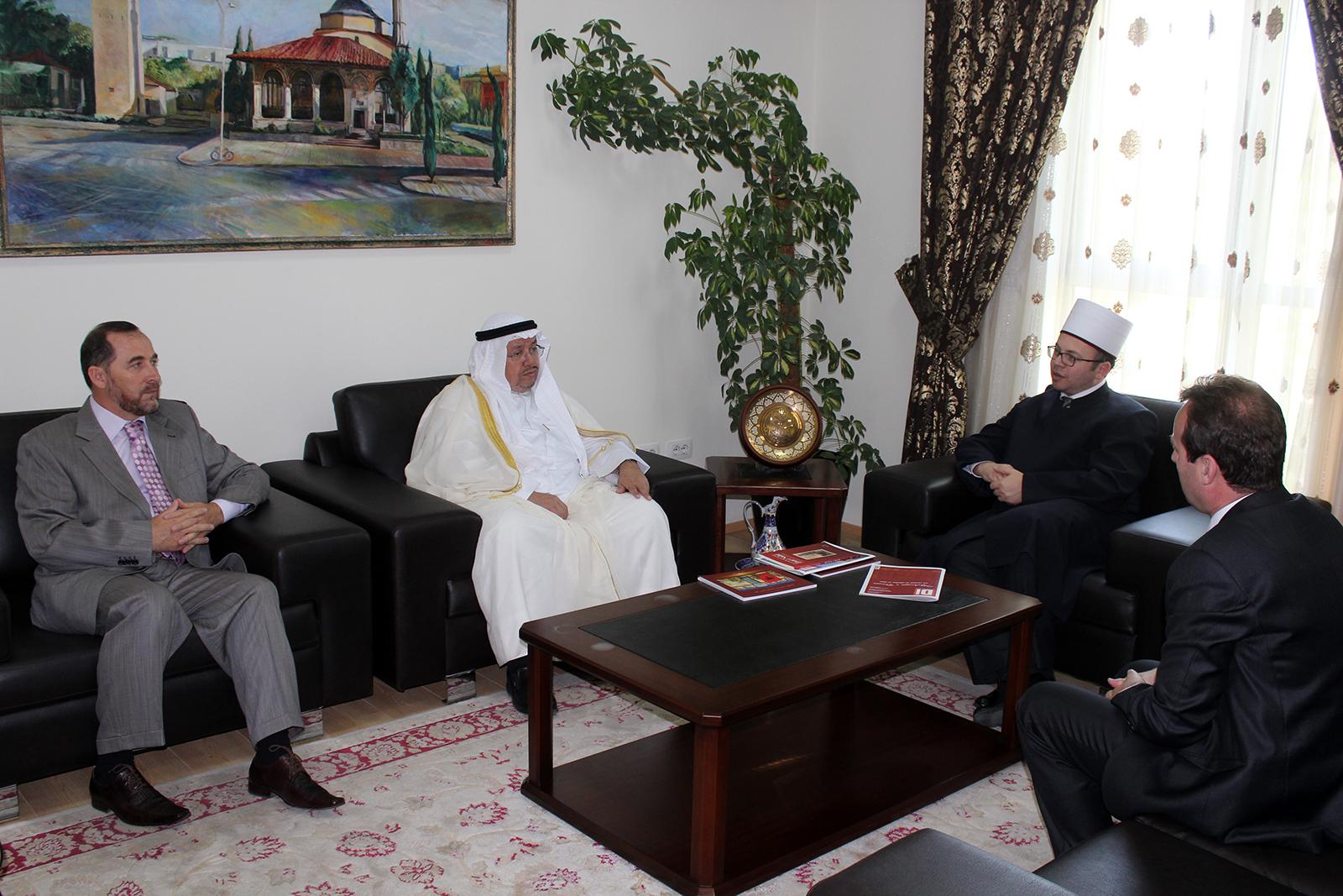 Kryetari Bruçaj pret zëvendësministrin e Çështjeve Islame dhe Vakëfeve të Kuvajtit