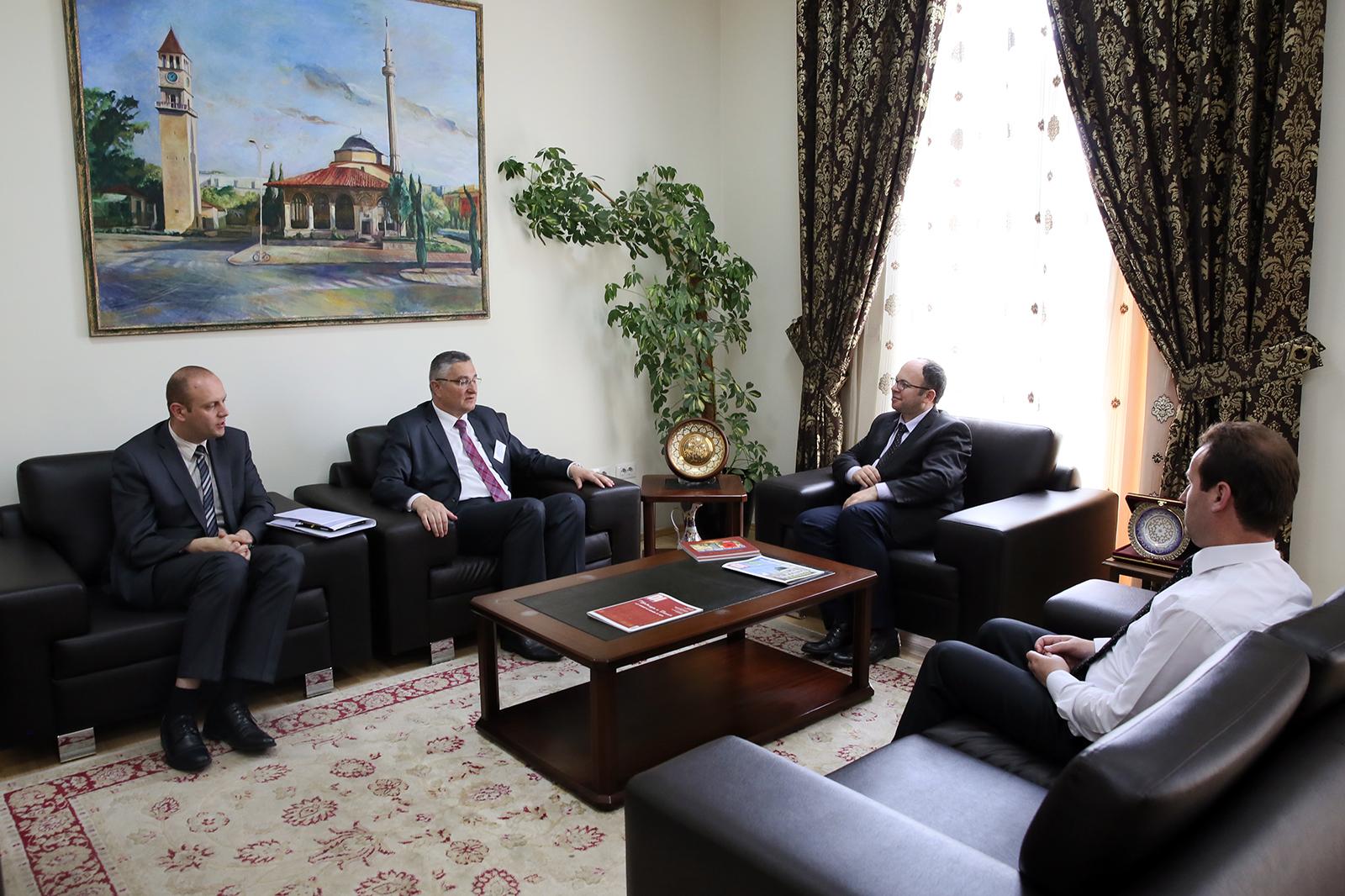 Kryetari Bruçaj pret në një takim Myftiun e Kroacisë
