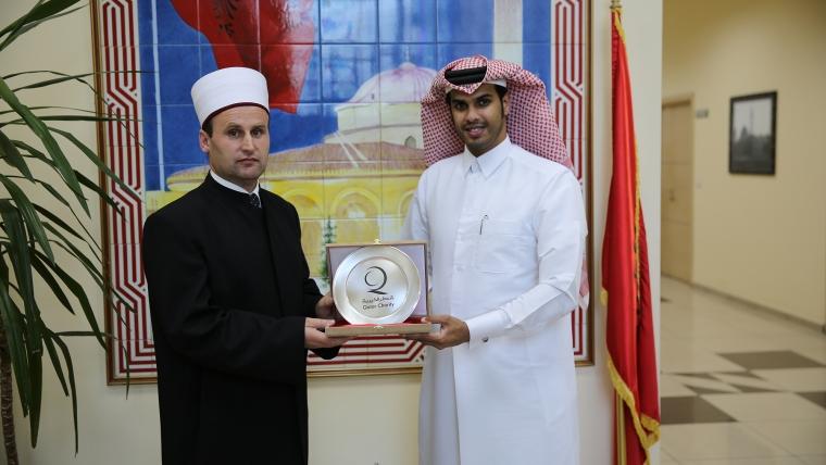 """Drejtori ekzekutiv i """"Qatar Charity"""" vizitë në KMSH"""