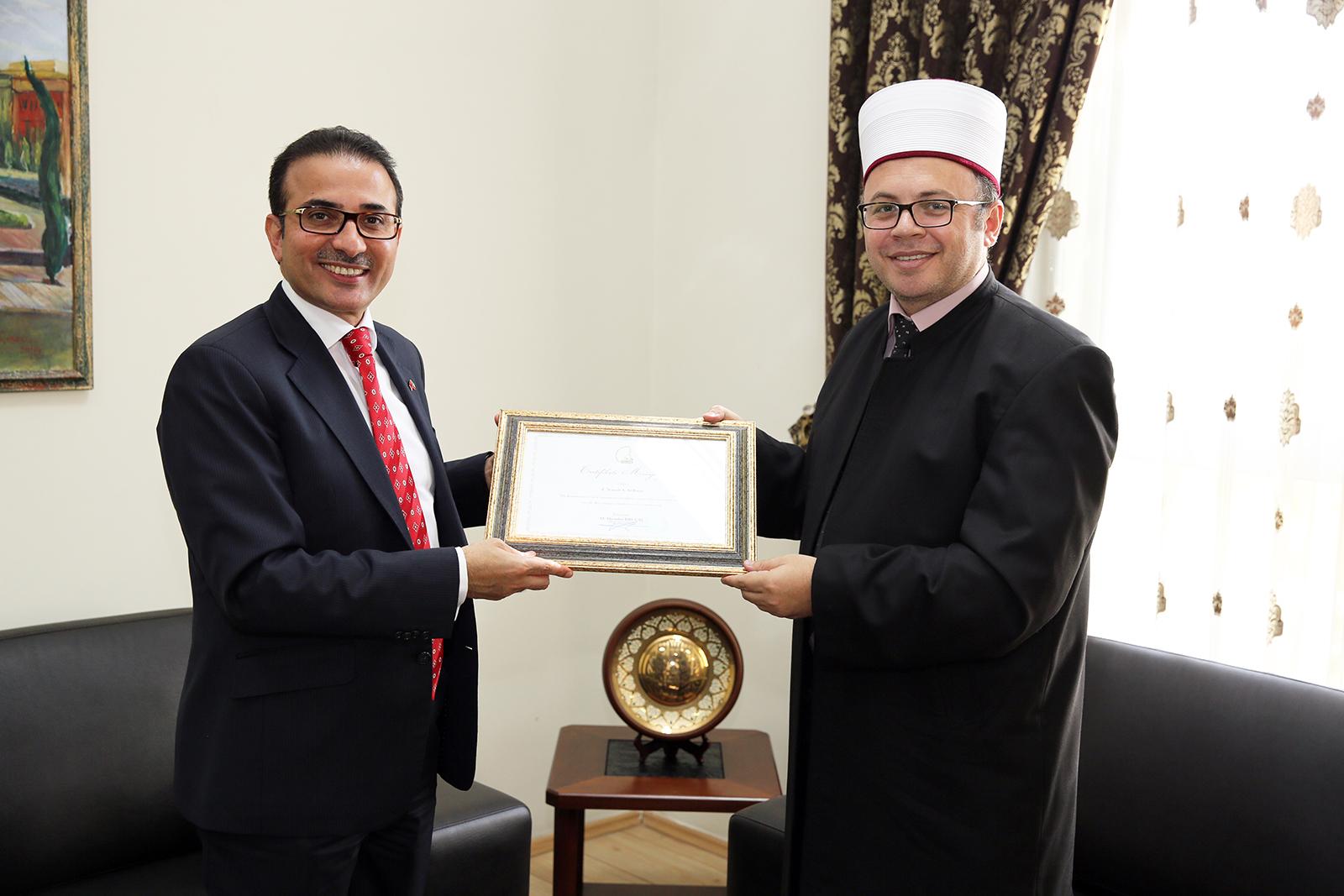 Kryetari Bruçaj pret ambasadorin në largim të Kuvajtit