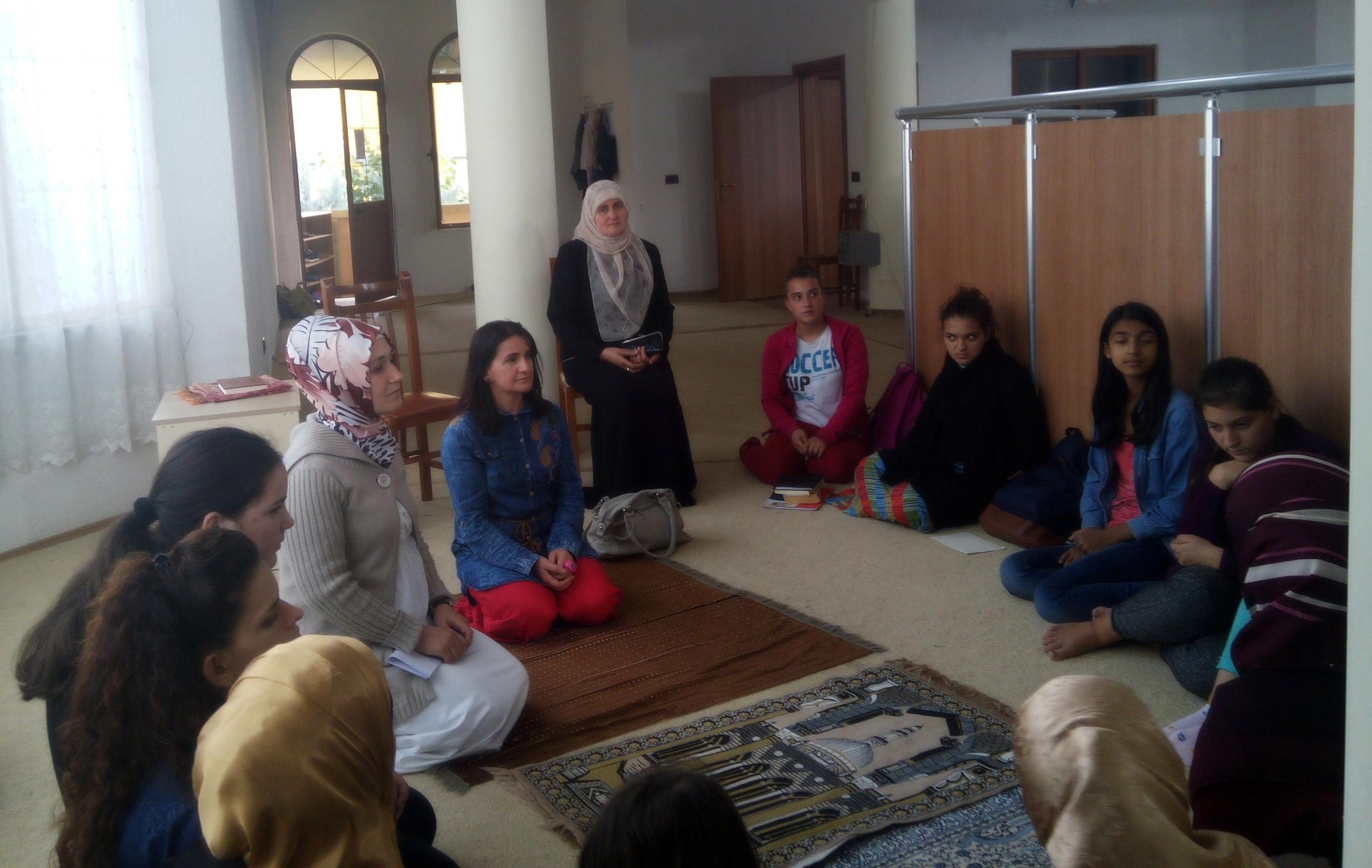 Dibër, Zyra e Gruas diskuton mbi rolin e familjes në Islam