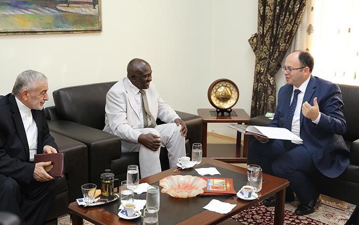 Kryetari Bruçaj pret një delegacion nga SHBA-ja