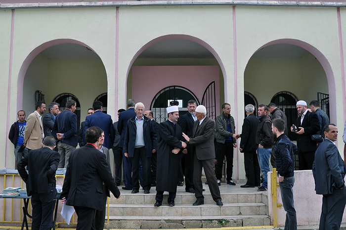 Përurohet qendra kulturore në Bajram Curr