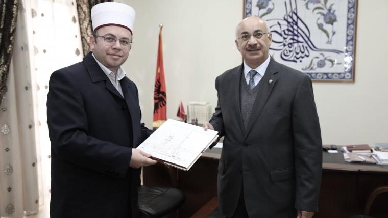 Kryetari Bruçaj pret në KMSH ambasadorin e ri të Kuvajtit