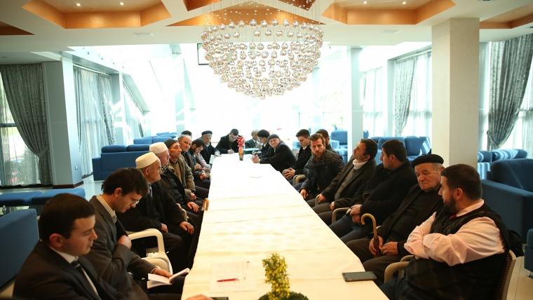Librazhd, forum mbi forcimin e rolit të imamëve