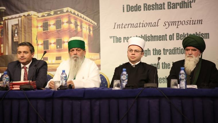 Kryetari i KMSH-së merr pjesë në simpoziumin e Bektashinjve