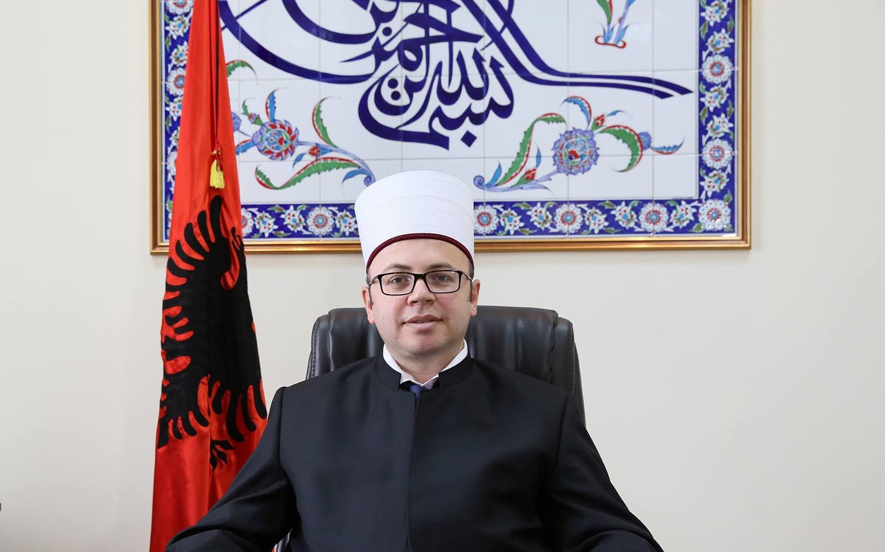 Kryetari i KMSH-së Skender Bruçaj uron ditën e mësuesit