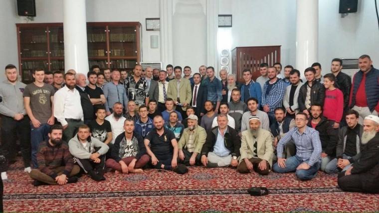"""""""Bukuritë e Besimit Islam"""" në xhaminë Dine Hoxha, Tiranë"""