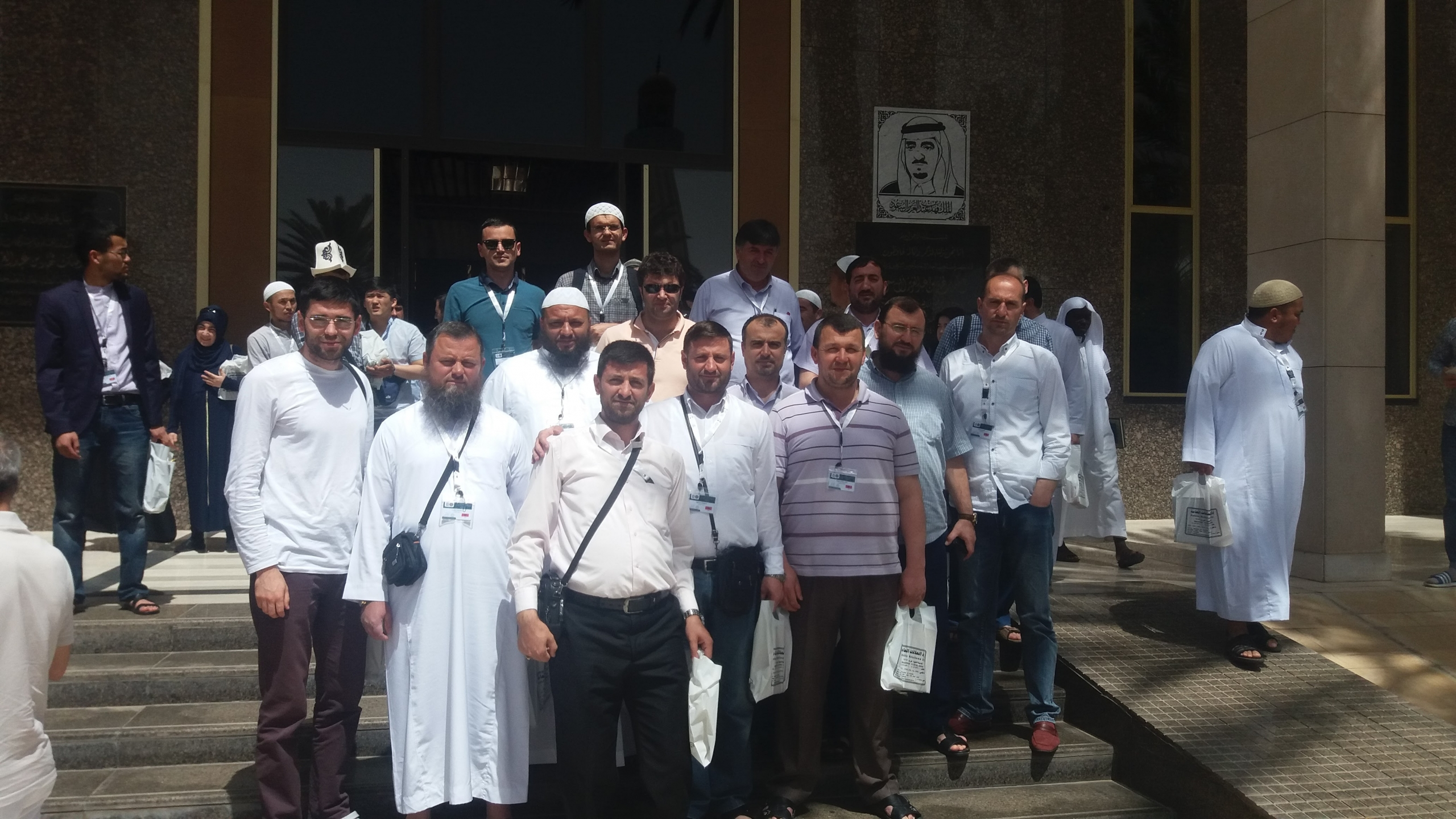Delegacioni shqiptar kryen ritualin e Umres