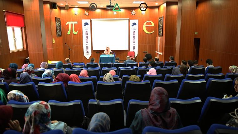 Zhvillohet konkursi i Kur'anit mes nxënësve të medreseve