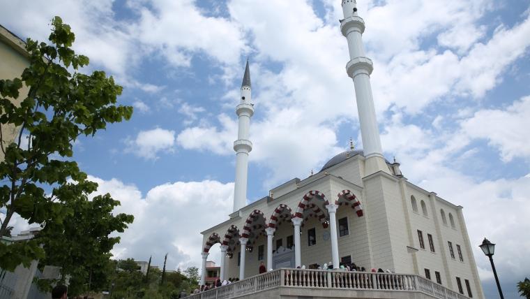 Inaugurohet Xhamia e Re në Golem, Kavajë