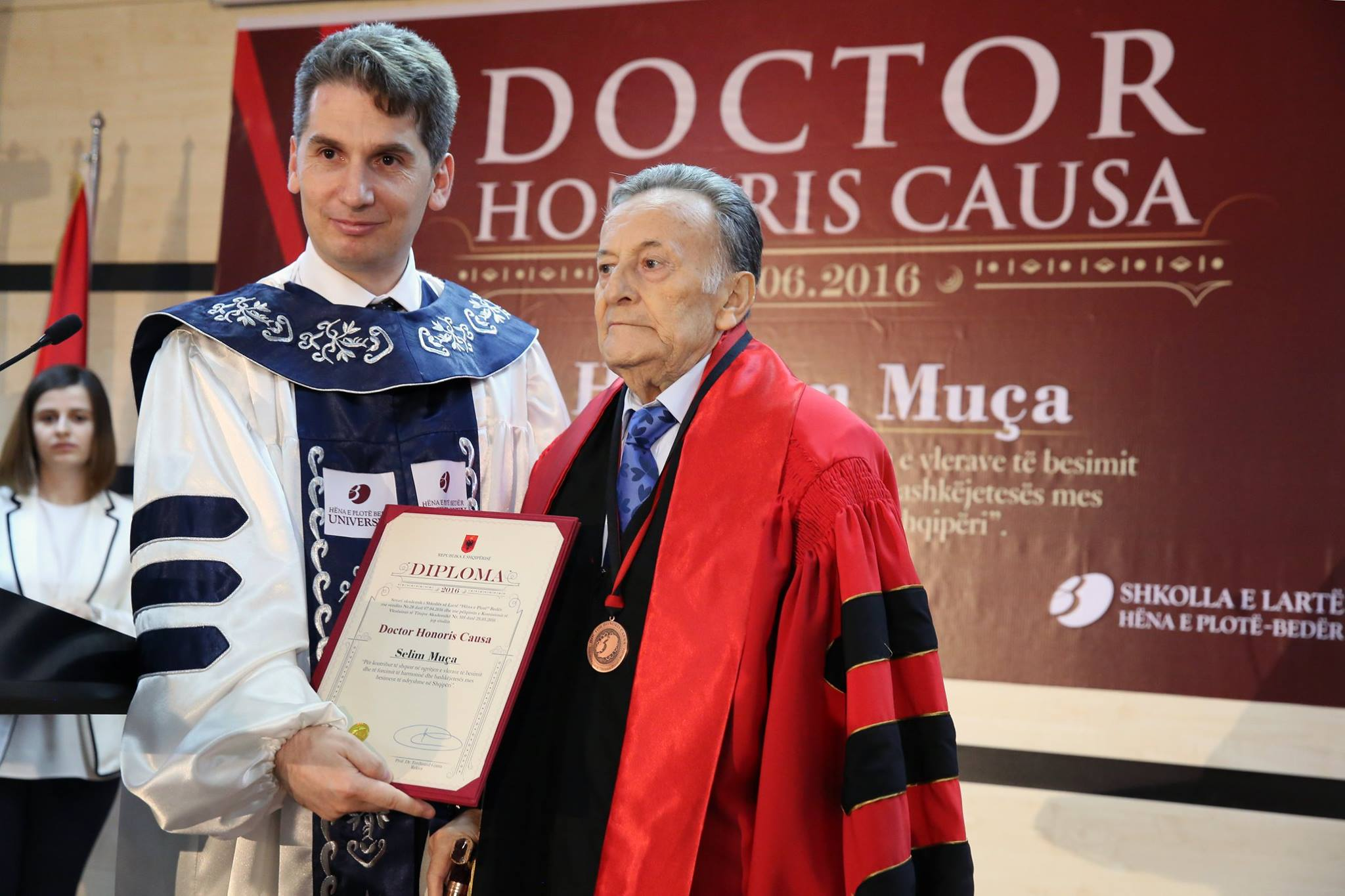 """Universiteti """"Bedër"""" vlerëson me titullin """"Doctor Honoris Causa"""" Selim Muçën"""