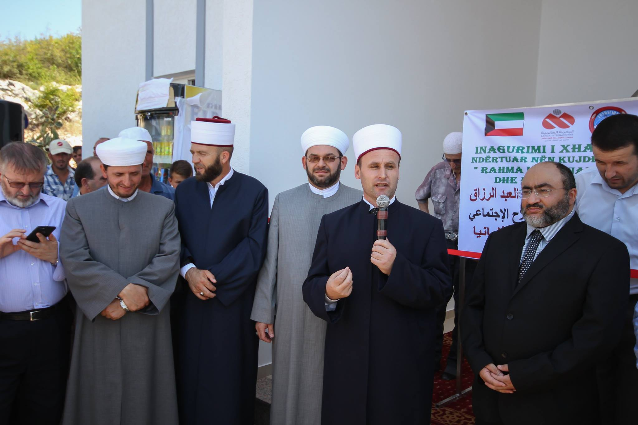 Përurohet xhamia e re në fshatin Kullaj, Postribë