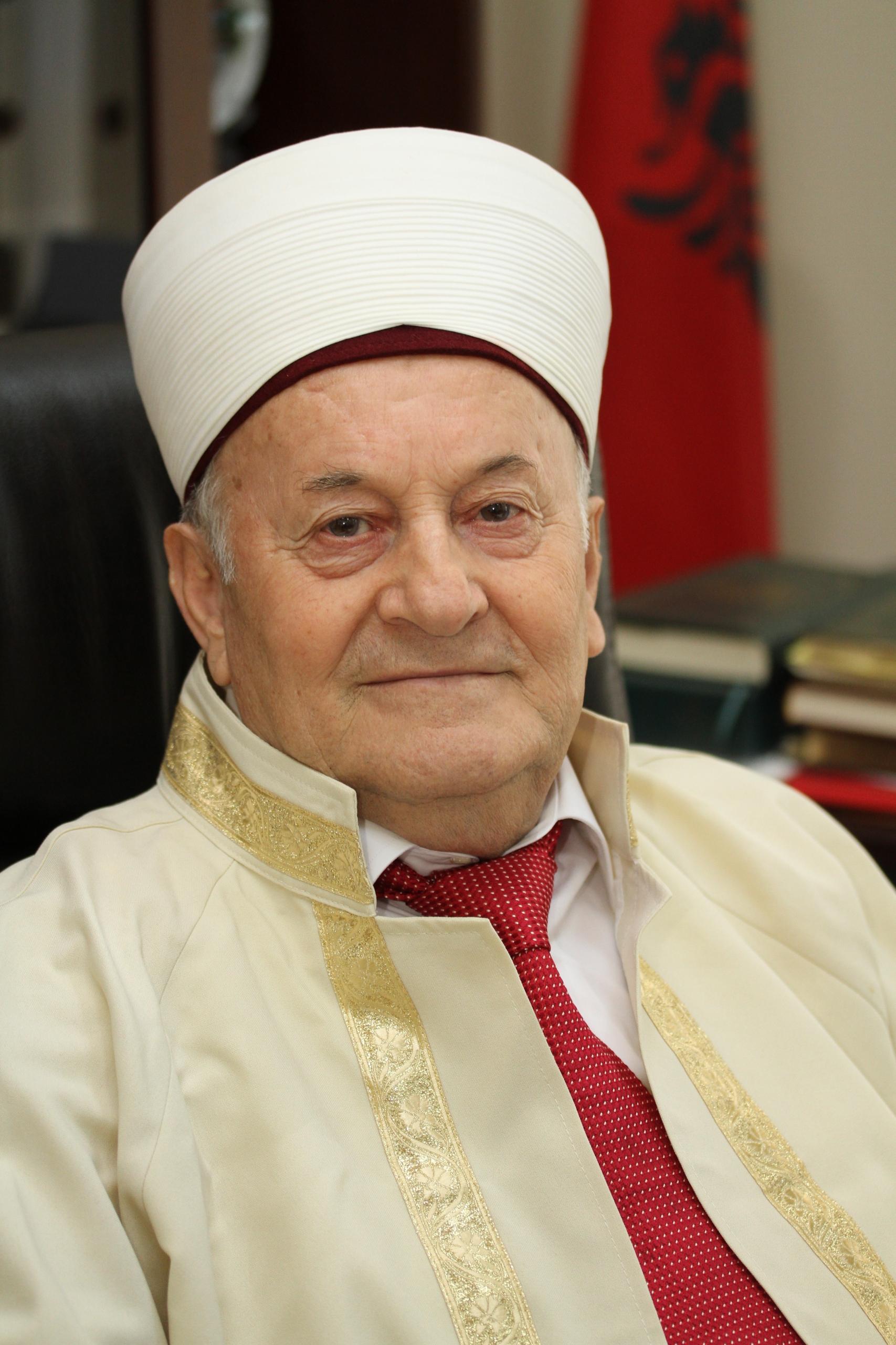 Ndërron jetë në moshën 80 vjeçare Kryetari i Nderit të KMSH-së, Haxhi Selim Muça