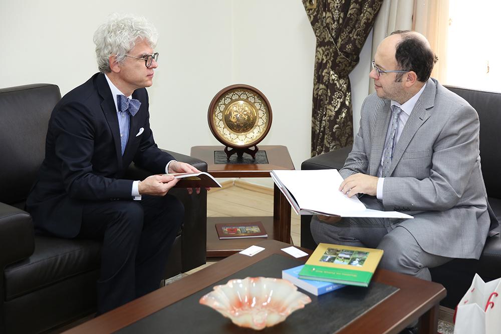 Kryetari Bruçaj pret ambasadorin e ri të Polonisë