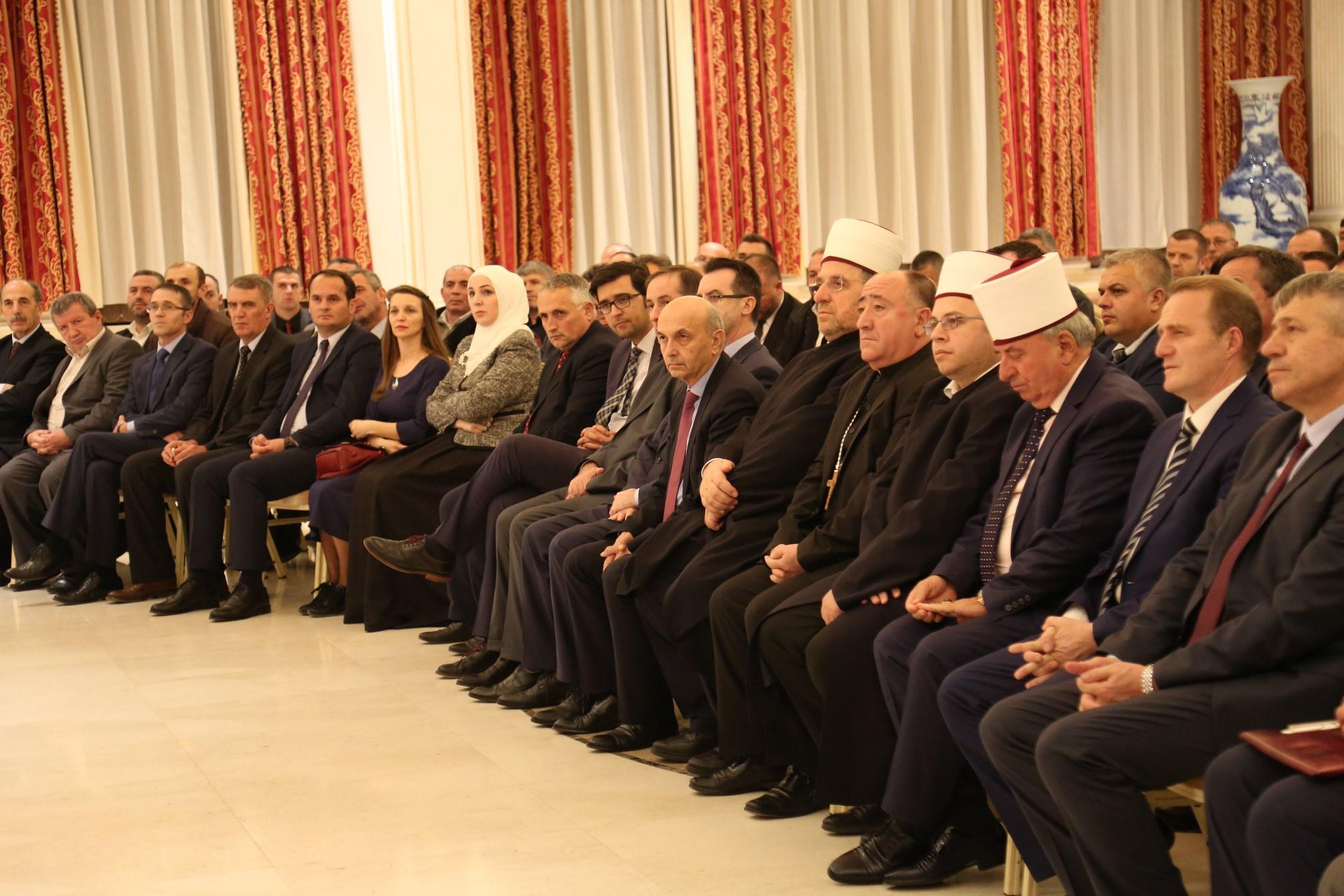 """Kreu i KMSH-së merr pjesë në Konferencën Shkencore kushtuar revistës """"Dituria Islame"""""""