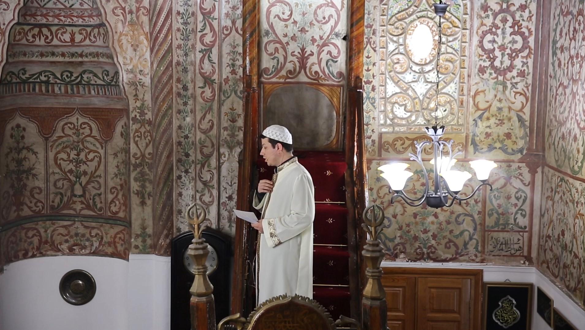Dashuria për Profetin – Hytbe nga Elton Karaj, në Xhaminë e Ethem Beut