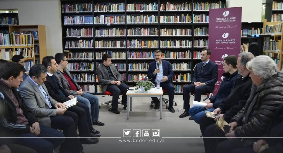 "Universiteti Bedër nis ciklin e seminareve ""Kur librat flasin"""