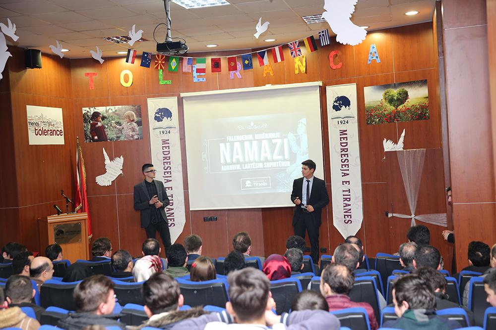 Medreseja e Tiranës organizon programin mbi urtësitë e namazit