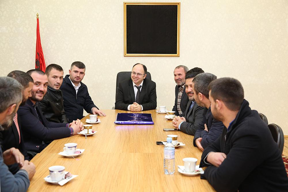Kryetari i KMSH-së takim me imamët e Krujës