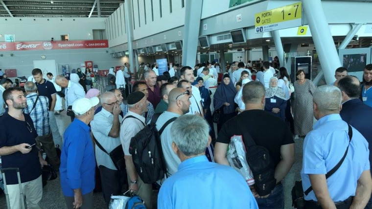 490 Besimtarë nga Shqipëria nisen për në Haxh
