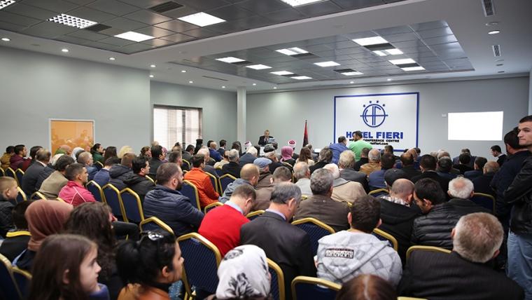 Myftinia Fier organizon simpozium me rastin e festave të nëntorit