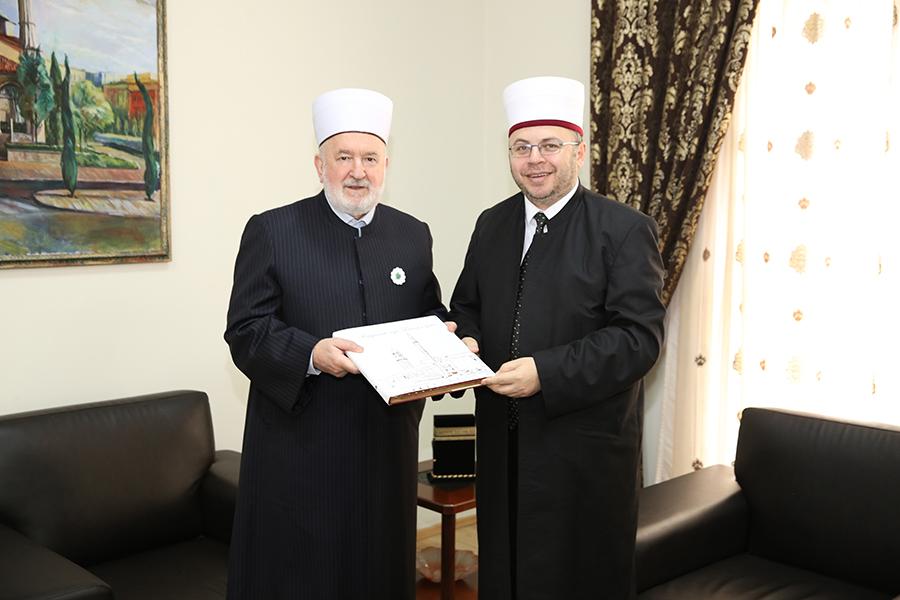 Kreu i KMSH-së pret për vizitë Presidentin e Kongresit Botëror Boshnjak