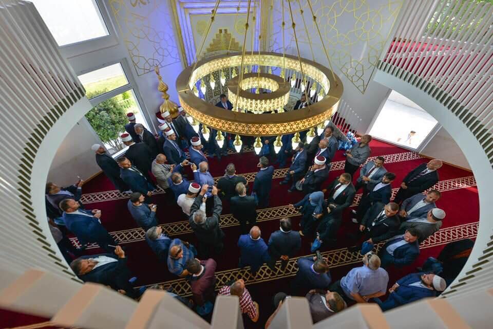 """Inaugurohet xhamia """"Mesxhidi Nur"""" në Frauenfeld të Zvicrës"""