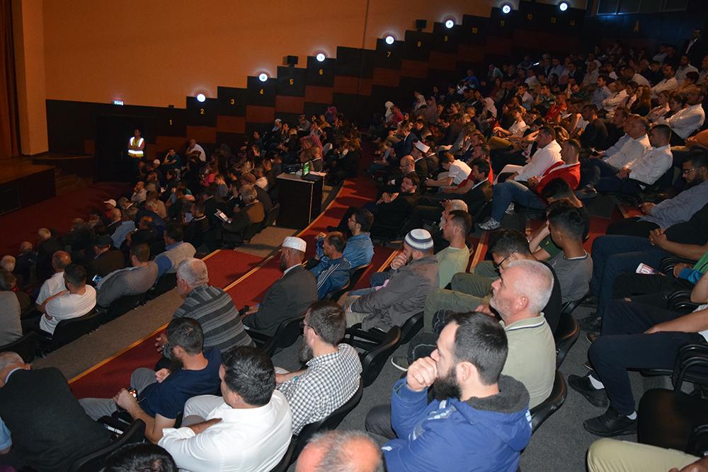 "Myftinia e Kavajës organizon simpoziumin ""Ramazani, muaji i mirësive"""